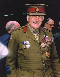 Sir Edward Weary Dunlop Photo 1